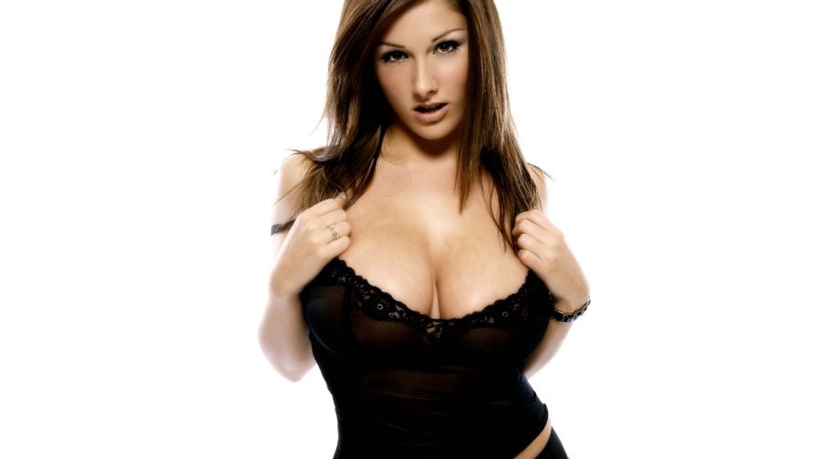 Lucy Pinder  075