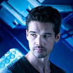 Jim Holdenplayed by Steven Strait